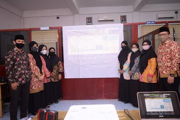 Kegiatan Seminar Nasional Corcys 2 yg dilaksanakan secara daring  dan diikuti oleh dosen-dosen Stike