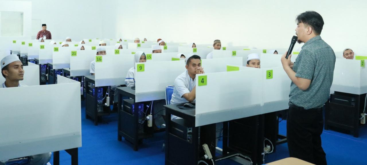 Try Out Uji Kompetensi Ners Menggunakan CBT, Sukses digelar di STIKes Hafshawaty